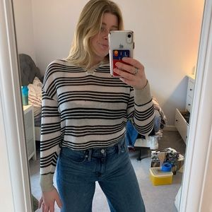 URBAN OUTFITTERS BDG Cropped Sweater